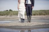 photographe-mariage-guerande-marais-salants-bottes-couple