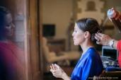 photographe-mariage-labaule-preparatifs-mariee-coiffeur-domicile