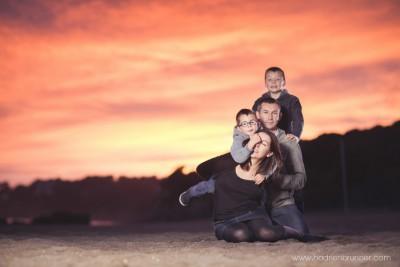 Séance-photo-famille-plage-saint-marc-sur-mer